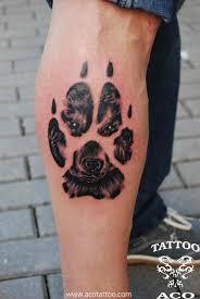 wolf in paw on side leg
