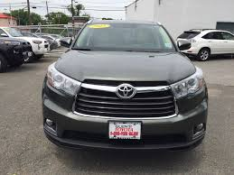 certified toyota highlander certified pre owned 2015 toyota highlander ltd sport utility in