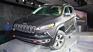 bulletproof jeep six ways the 2014 jeep cherokee is better than the xj