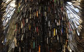 knife angel u0027 sculpture made out of 100 000 knives business insider