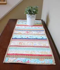 how to make table runner at home a summer table runner diary of a quilter a quilt blog