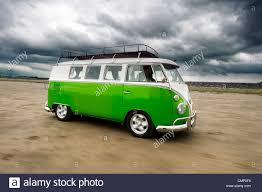 volkswagen van hippie green vw volkswagen screen cer van bus hippie hippy 1960s
