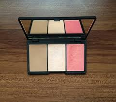 a sleek makeup review face form contouring and blush palette