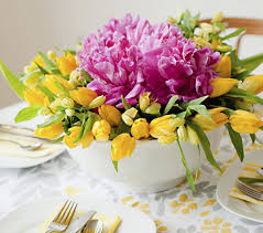 easy centerpieces 10 easy floral centerpieces for