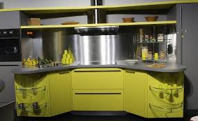 peinture verte cuisine relooking de la cuisine quelle couleur de peinture pour les meubles