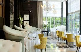 au trianon versailles gordon ramsay restaurants