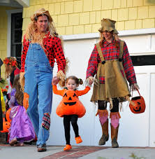 family fun halloween costumes satyana marie denisof photos photos alyson hannigan and family