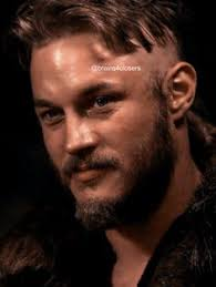 what is going on with travis fimmels hair in vikings travis fimmel ragnar vikings travis fimmel pinterest