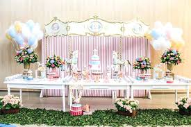 table picture display ideas table display ideas dessert table display from a vintage carousel