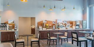 Northern Comfort Bridgewater Ma Holiday Inn Express U0026 Suites Norwood Boston Area Hotel By Ihg