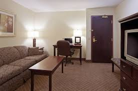 Comfort Inn Suites Airport Comfort Inn U0026 Suites Calgary Airport 403 735 1966 3111 26th