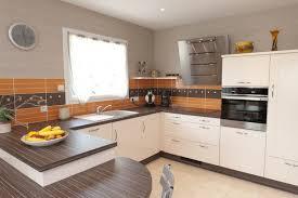 cuisine moderne en l modle de cuisine amazing faience de cuisine crence en faience pour