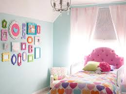 kids room tufted sigle bed mix and match bedding pink sofa