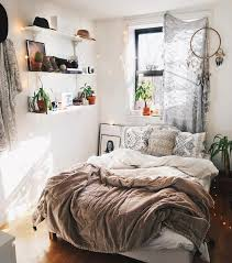 Tips On Small Bedroom Interior Design Clean Cozy Atmosphere - Ideas for small spaces bedroom