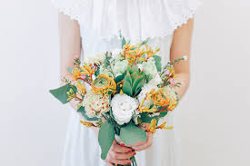 Cheap Wedding Bouquets Style Your Own Wedding With Affordable Blooms By Runaway Flowers