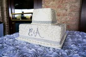 squared 2 tiered wedding cakes