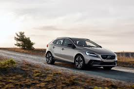 V40 Volvo Review 2017 Volvo V40 Cross Country New Engines 1 5l T3 And 2 0l T4 And