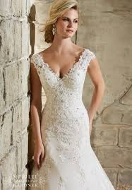 the different wedding dress necklines and a guide to what looks