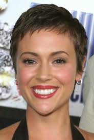 woman with extremely thinning hair 50 best short hairstyles for fine hair hairstyle insider