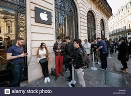 10 april 2015 u2013 paris france people line up in front of paris