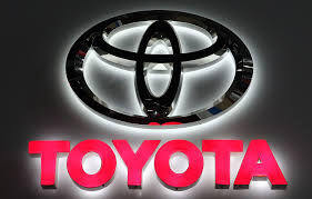 toyota logo toyota recalls 2 9m vehicles worldwide over seatbelt defect