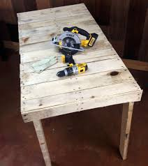 how to make a pallet workbench diy projects craft ideas u0026 how to u0027s