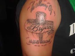 men shoulder remembrance banner wooden cross tattoo golfian com