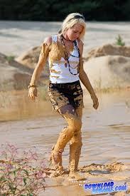muddy jeep girls not afraid of the mud me neither wet u0026 muddy fun pinterest
