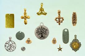 custom charms quest cast inc launches custom charms services pewter