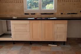 meuble cuisine porte coulissante ikea meuble de cuisine avec plan de travail fabriquer une porte