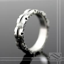 stargate wedding ring 21 ridiculously gorgeous geeky engagement rings