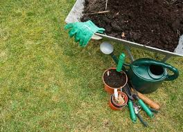 Garden Fertilizer Types - understand the types of fertilizer bob vila