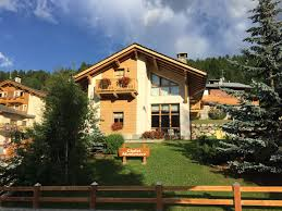 your holiday apartments in livigno chalet monteneve