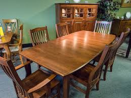 Maple Dining Room Table And Chairs Maple Dining Room Table And Chairs