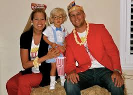 18 Popcorn Costume Images Popcorn Costume 53 Family Halloween Costumes Pure Coordinated Joy Huffpost