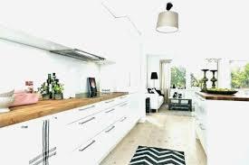 cuisine blanche laqué modele cuisine blanche beautiful cuisine blanc laque et bois blanche