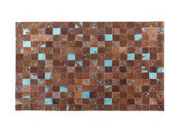 pouf en peau de vache tapis design en peau de vache 80 x 150 cm brun bleu aliaga