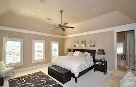 chambre beige et taupe chambre beige prune idées de décoration capreol us