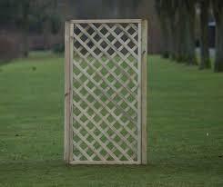framed diagonal trellis 90cm