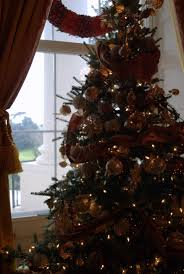 red room christmas tree at the white house michelle obama
