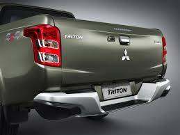 mitsubishi triton 2014 mitsubishi redesigns triton small pickup truck