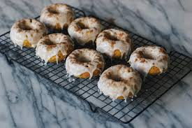 baked pumpkin spice donuts for thanksgiving dessert