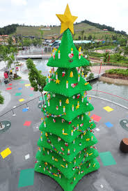 photos 12 of the world u0027s most amazing christmas trees wqad com