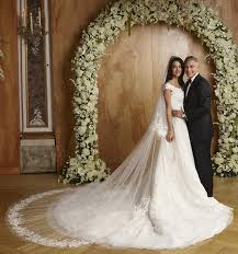 expensive wedding dresses top 10 world s most expensive wedding dresses toptenia