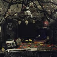 office 23 scary themes office halloween decoration ideas