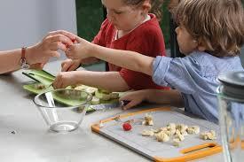 cuisine en famille quand cuisine rime avec moment en famille