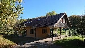 chambre d hotes jura region des lacs l éolienne restaurant chambres d hôtes gîte rural jardin
