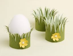 Decorating Easter Egg Cupcakes by How To Easter Egg Cups Paper Source Blog Paper Source Blog