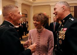 Usmc Flag Officers File Gen James T Conway And His Wife Annette Interact With