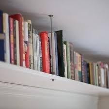 étagère derrière canapé 11 astuces déco pour optimiser les petits espaces picsmyhome